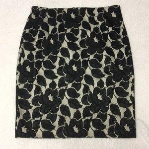 NWT Ann Taylor pencil skirt black/cream size 8